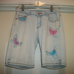 BUTTERFLYS ARE FREE BLING SHORTS BY ARIZONA 12
